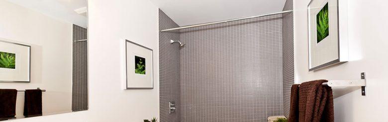 Extractores y tubos solares: las mejores soluciones para baños sin ventanas