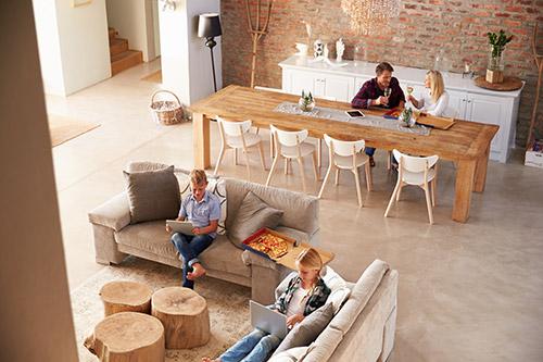 Se pueden crear espacios diáfanos en las viviendas mediante un estudio de elementos estructurales en las reformas integrales.