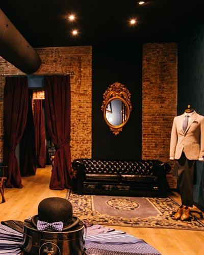 Reformas de locales comerciales enfocados a las ventas: proyecto de Kubo de tienda de moda de caballero en la calle Velázquez de Madrid.